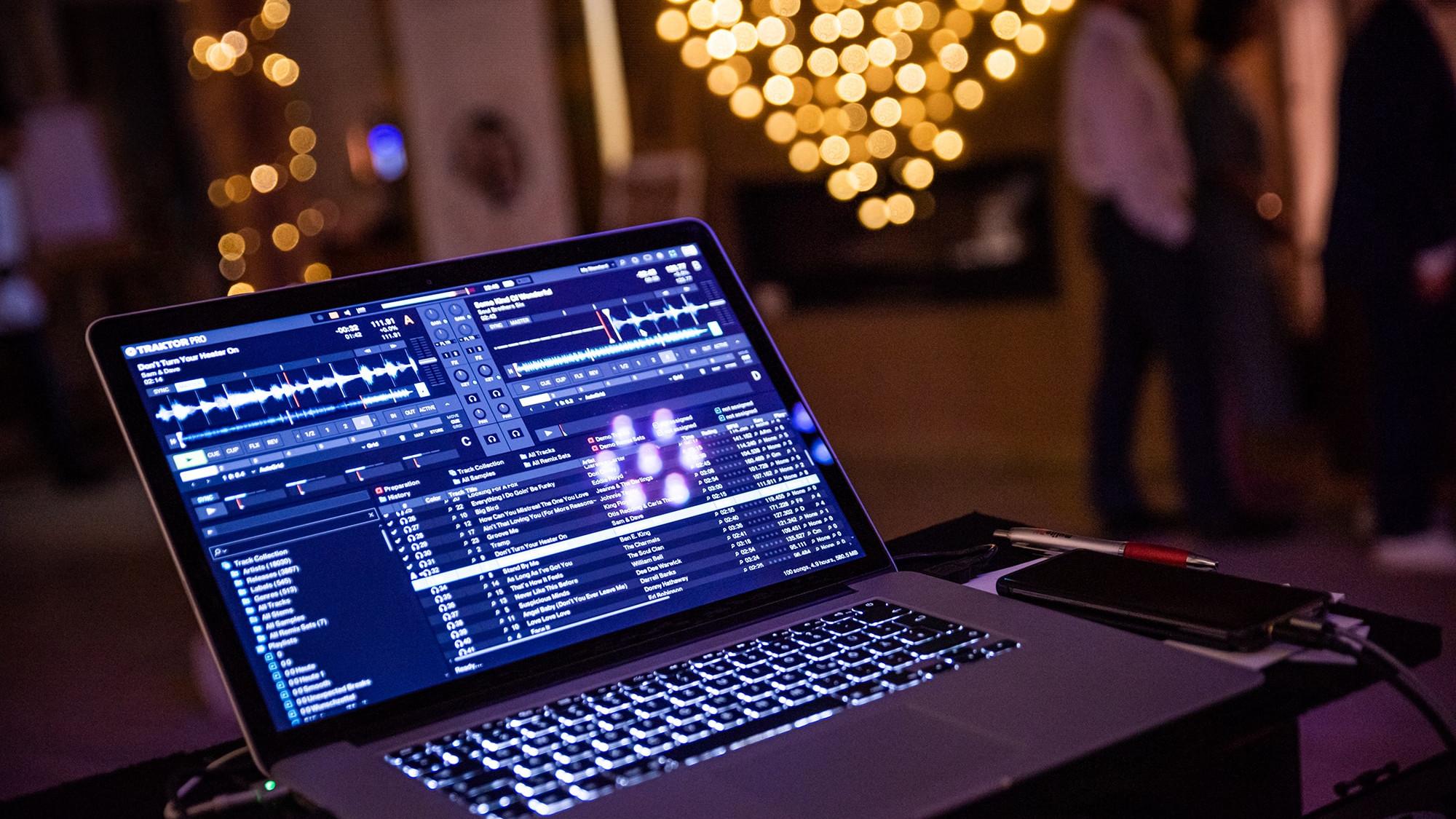 hochzeit_dj-party_feiern-min