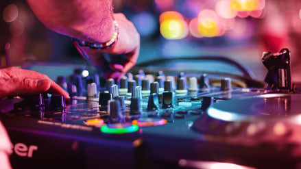 DJ Veranstaltung und Partys in Reutlingen, Tübingen, Metzingen, Stuttgart und der Schweiz